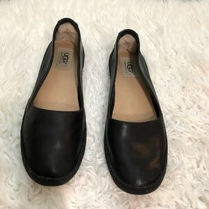 Ugg Black Leather Slip On Lined Shoes 8.5